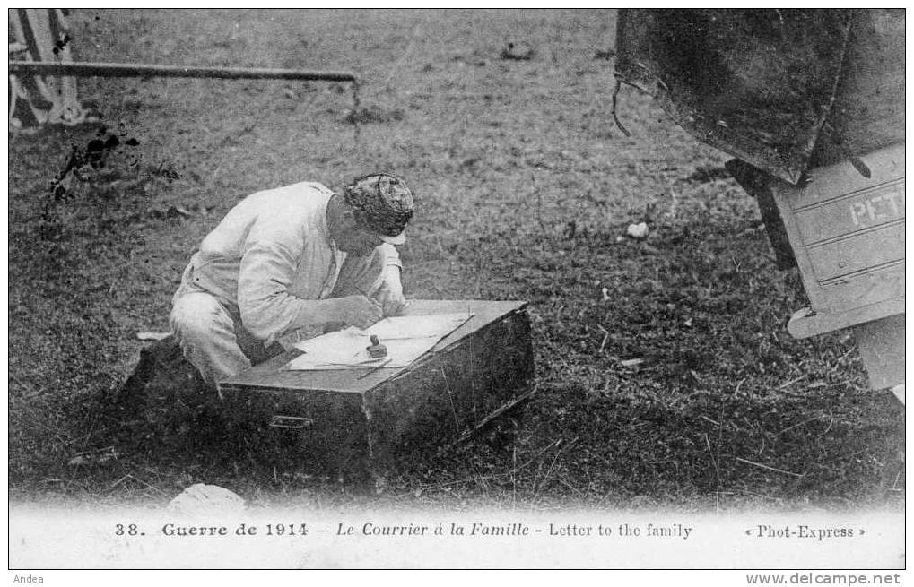 CPA..GUERRE DE  1914..LE COURRIER A LA FAMILLE     ......PRIX: 2,49 € - Guerre 1914-18