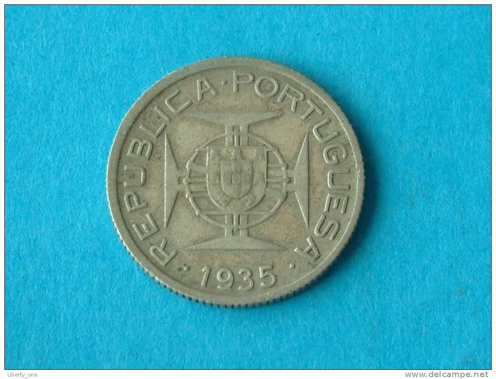 1935 - 2 $ 50 ESCUDOS / KM 61 ( For Grade, Please See Photo ) ! - Mozambique
