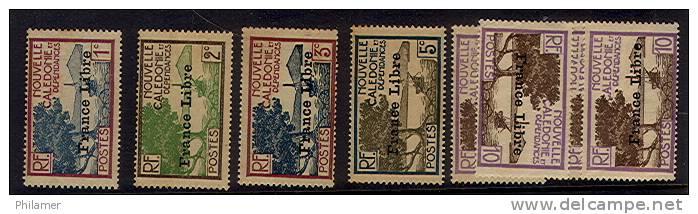 Nouvelle Caledonie Timbre Poste France Libre 195 A 199 4 Premiers Neufs Gomme Autres Sans Gomme Neuve  TBE - New Caledonia
