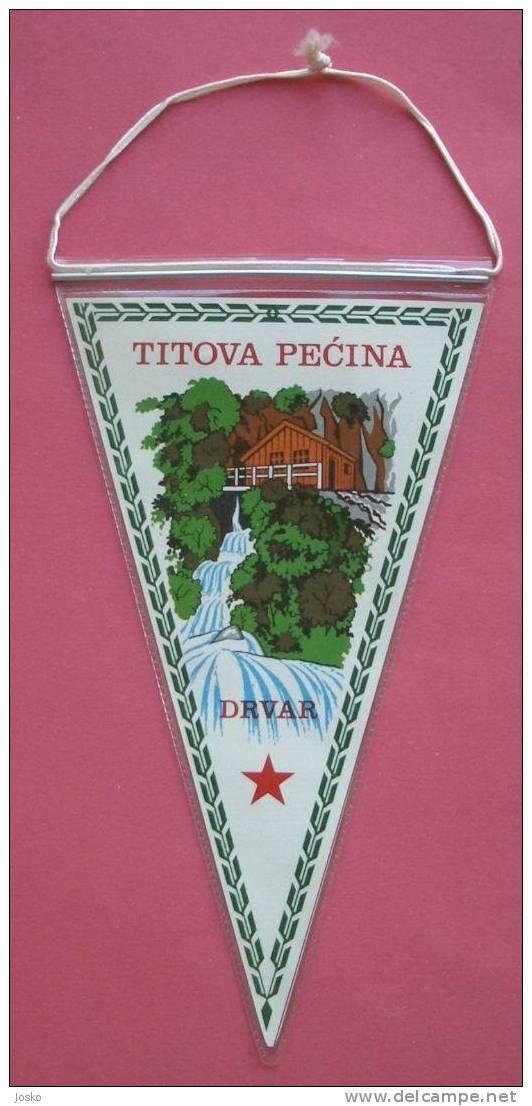 TITO CAVE Small Flag  ( Bosnia )  Grotte Caverne Hohle Grotta Grot Caves Grottes Cavern Speleology Speleologie Caving - Unclassified