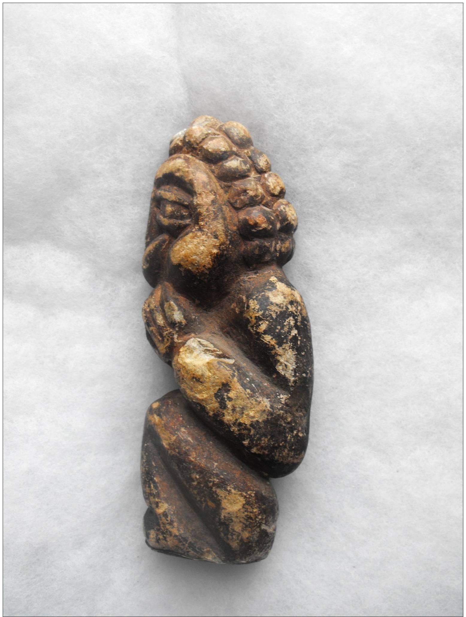 Archeologie Monolite Ancienne - Archéologie