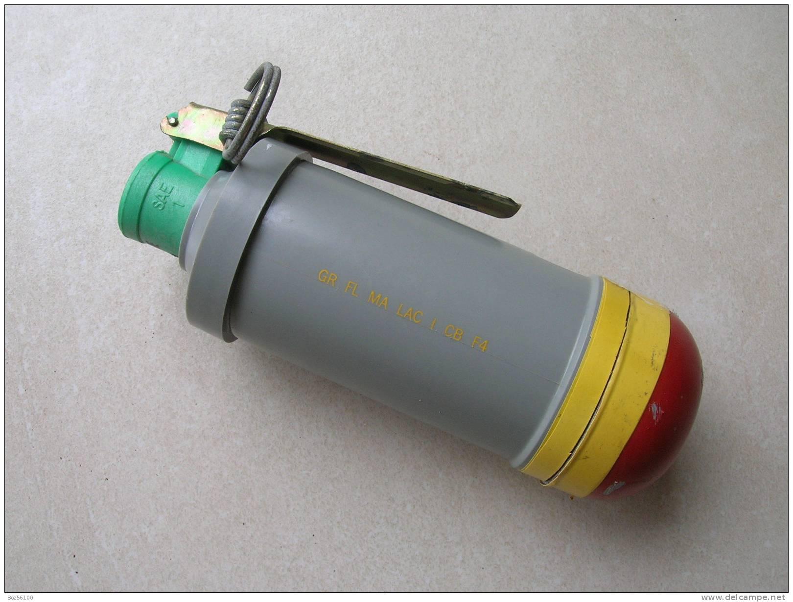 Grenade Lacrymogène Francaise (inerte) - Armes Neutralisées