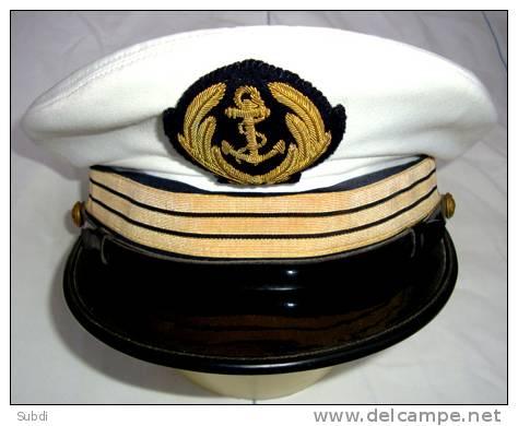 Casquette D OFFICIER SUPERIEUR  De La MARINE 3 Galons CAPITAINE Lieutenant De Vaisseau - Headpieces, Headdresses
