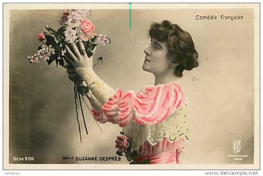 Artistes - Ref 467- Comedie Francaise - Melle Suzanne Despres  Et Son Bouquet De Fleurs  - Carte Bon Etat - - Artisti
