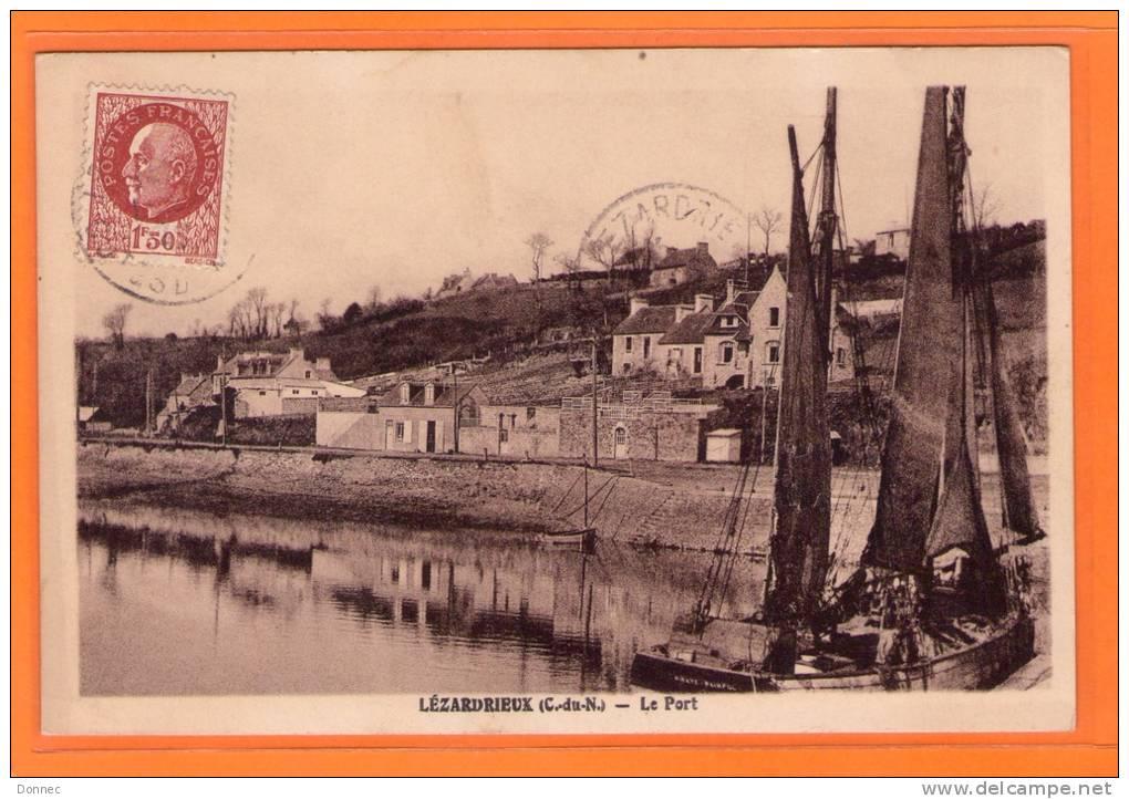 Lézardrieux, ( 22 ), Le Port, Coll. Nedelec, Morlaix    ( Port    Offert ) - France