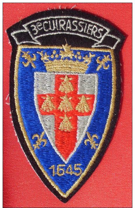 TISSU  ECUSSON   3° REGIMENT De CUIRASSIERS - Patches