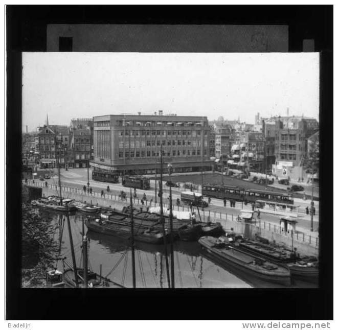 ROTTERDAM (Z.H.) - Unieke Verzameling Van 25 Originele Diapositieven (glasplaatjes) Met Straatbeelden Ca. 1920-1950 - Glasplaten