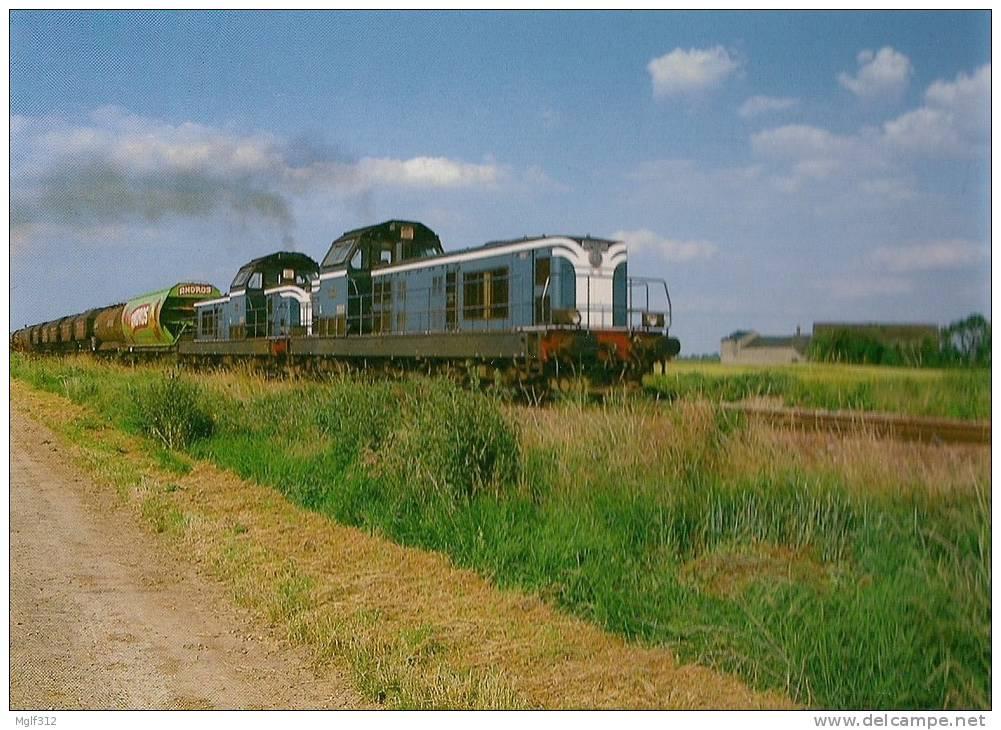 PITHIVIERS LE VIEL (45) SNCF Ligne Pithiviers à Orlèans. Train De Marchandises UM De BB 66000 Le 24 Juin 1993 - Trains