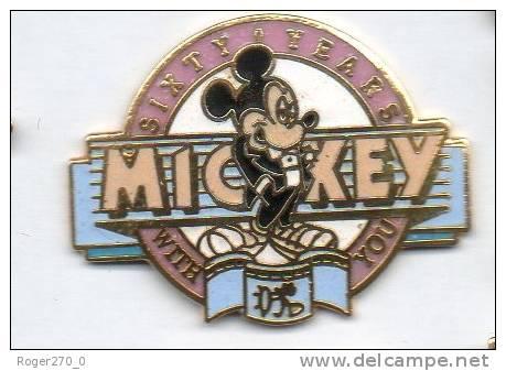 Superbe Pin´s En EGF , Disnet , Mickey , Sixty Years - Disney