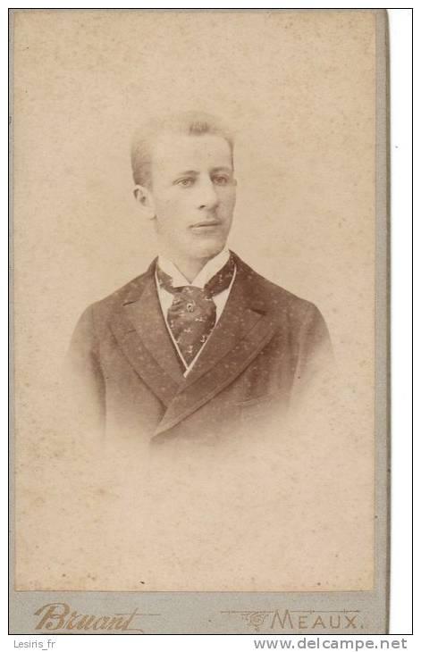 PHOTO SUR CARTON - BRUANT - MEAUX - JEUNE HOMME - 1892 - Fotos