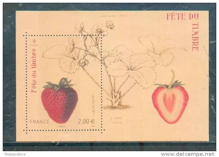 France 2011 - Fête Du Timbre, Fraise / Stamp Day, Strawberry - MNH - Fruits