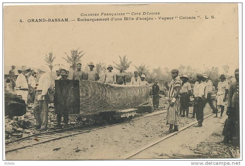 Grand Bassam No 4 Embarquement D Une Bille D Acajou Sur Le Vapeur Colonia Gros Plan L.S. - Côte-d'Ivoire