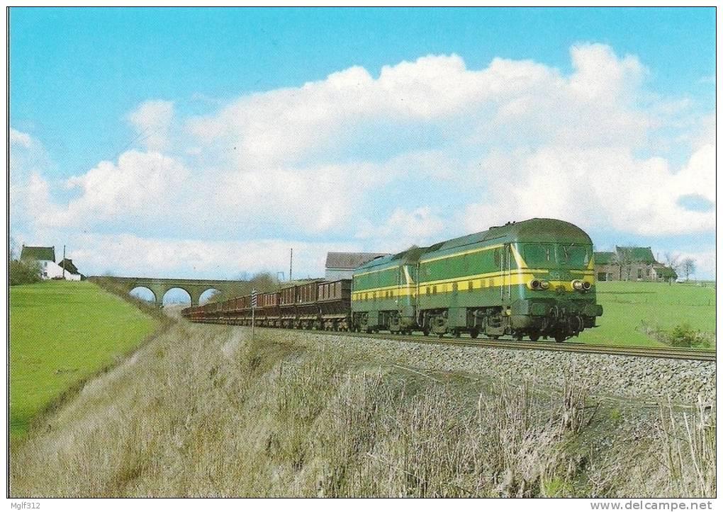 ROGNON (BELGIQUE) Loco Diesel BB 5935 Et 5929 Le 1 Avril 1986 - Trains