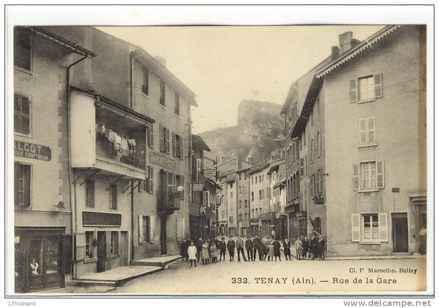 Carte Postale Ancienne Tenay - Rue De La Gare - Francia
