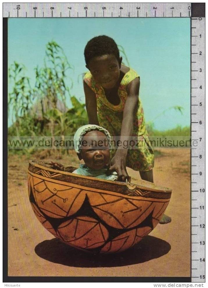 Q6958 CIAD BIMBO IN CALLEBASSE BAMBINI CHILDREN MISSIONI DEGLI OBLATI DI MARIA IMMACOLATA - Ciad