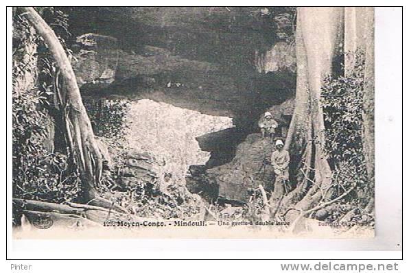 MOYEN CONGO - MINDOULI - Une Grotte à Double Issue - Brazzaville