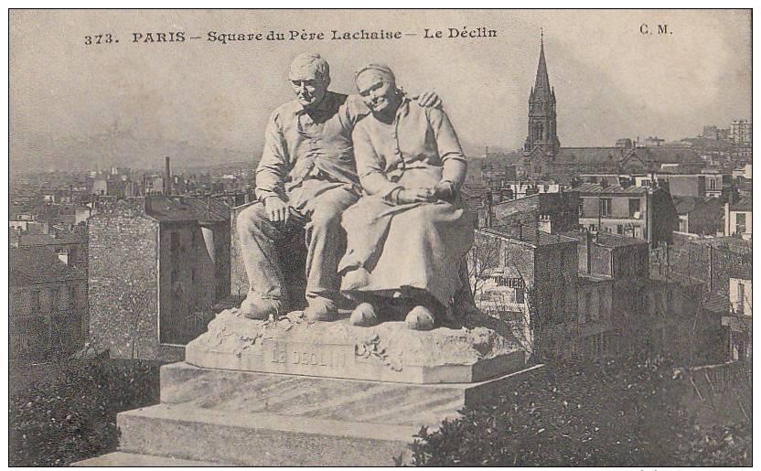 """PARIS XX  Quartier Père Lachaise EGLISE SQUARE Sculpture """" 2 Bons Vieux LE DECLIN """" Au Loin Butte MONTMARTRE - District 20"""