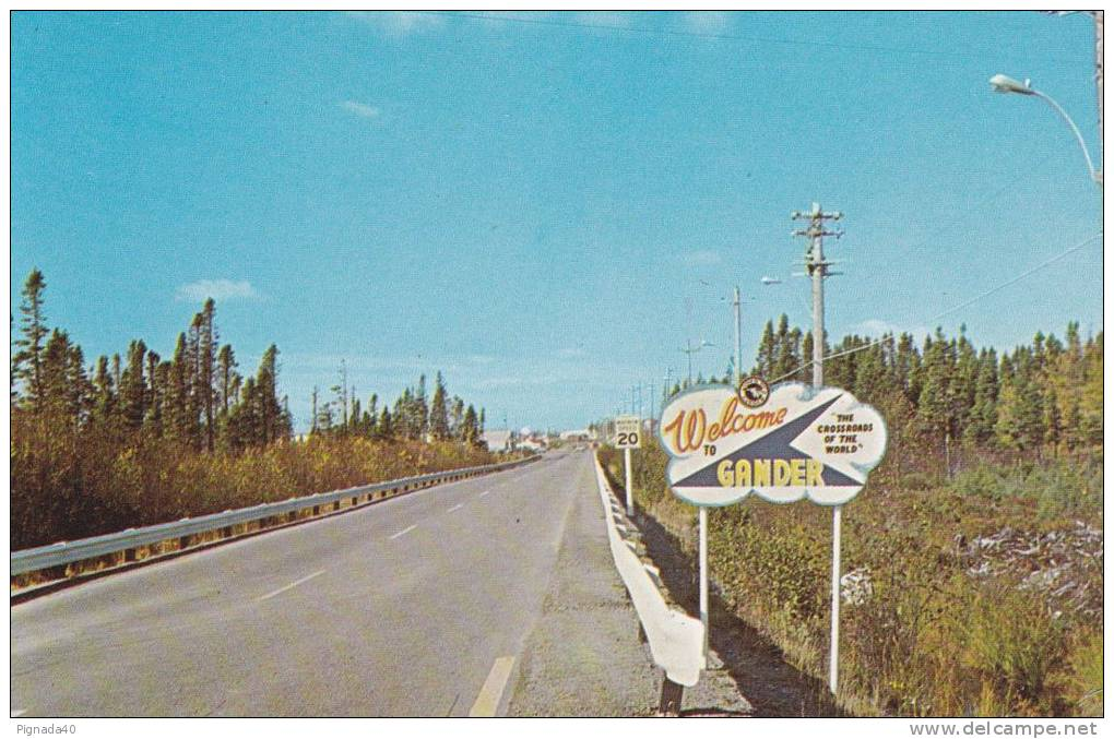 "Cp , CANADA , GANDER , Newfoundland , WELCOME TO GANGER , ""The Crossroads Of The World"" - Newfoundland And Labrador"