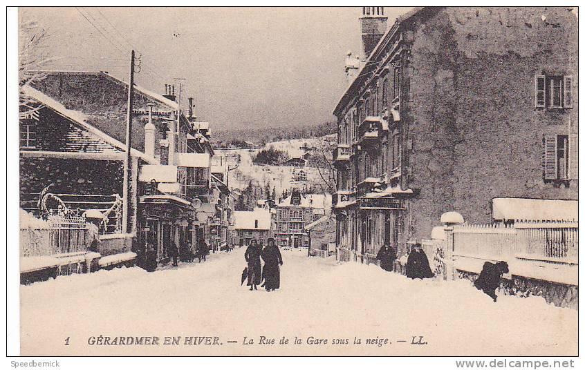 19043 GERARDMER En Hiver - Rue De La Gare Sous La  Neige. 1 LL - Gerardmer