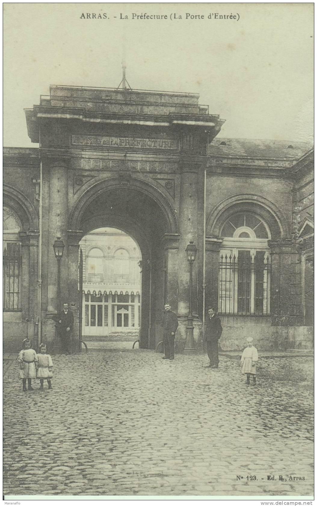 ARRAS. La Préfecture (la Porte D'entrée) - Arras