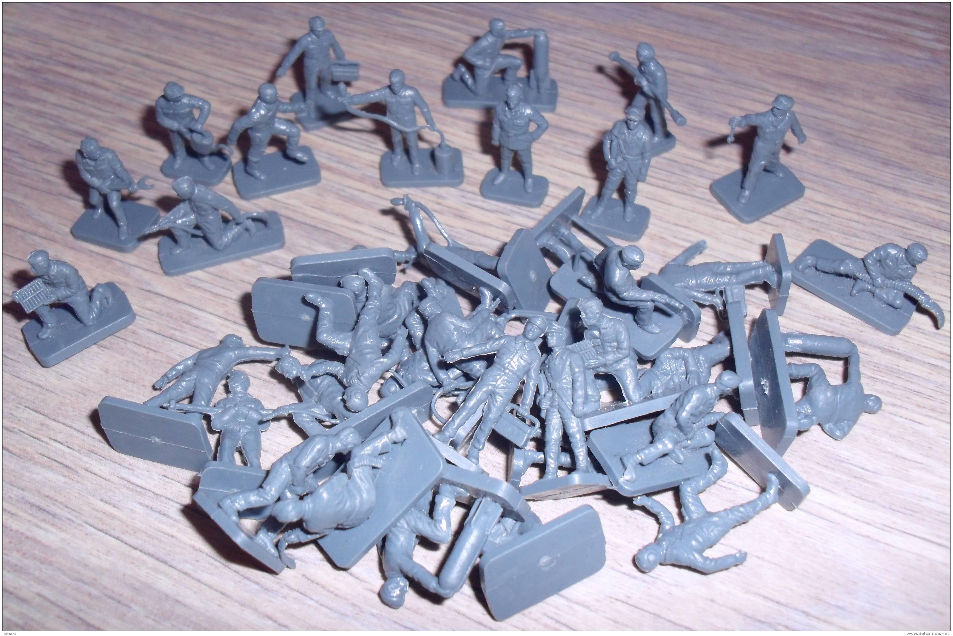 """Petits Soldats 1/72""""Personnel Au Sol Luftwaffe WWII""""/39 Pièces/Airfix/armée Allemande/aviation/diorama/pilotes/guerre - Leger"""
