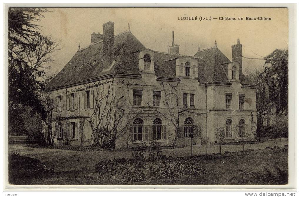 LUZILLE  -   Vue  D'ensemble Sur Le Château De Beau-Chêne, Beau Plan  -  Ed. --,  N° -- - Autres Communes