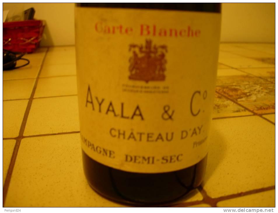 """CAPSULE N°13 A ENCOCHES """"CHAMPAGNE AYALA"""" SUR BOUTEILLE PLEINE - Champagne & Mousseux"""