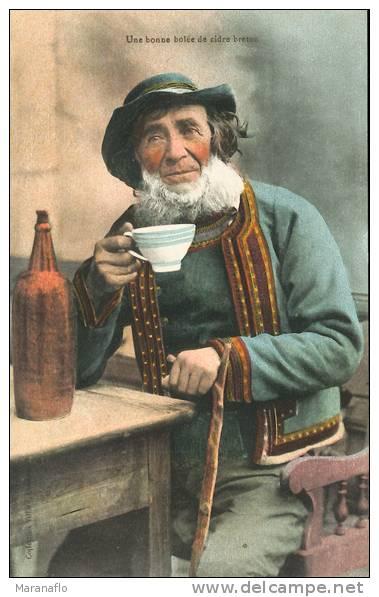 Une Bonne Bolée De Cidre Breton - Bretagne