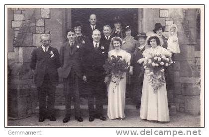 WEDDING GROUP PHOTOGRAPH - Marriages