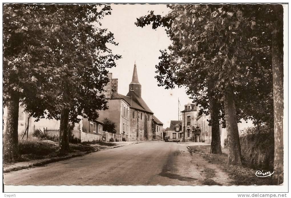 THOREE-les-PINS (Sarthe) - La Route Du Lude, L´Eglise (XIIe S.) - Other Municipalities
