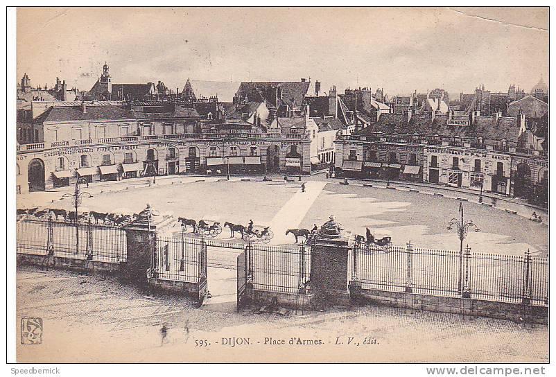 20352 Place D'arme -595 L.V. Attelage Restaurant Pré Aux Clercs -Picoche - Dijon