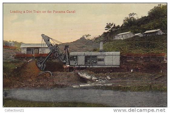 PANAMA ...  LOADING A DIRT TRAIN ... CANAL - Panama