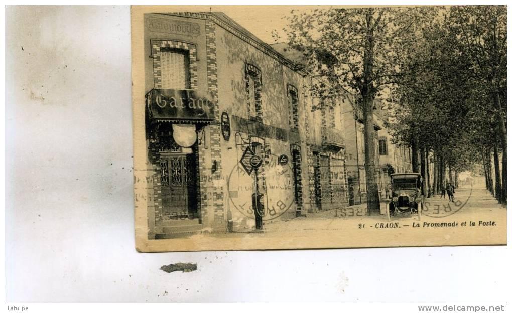 Craon  53     La  Promenade Et La Poste--Garage Et Pompe A Essence -Animée Et Camionnette - Craon