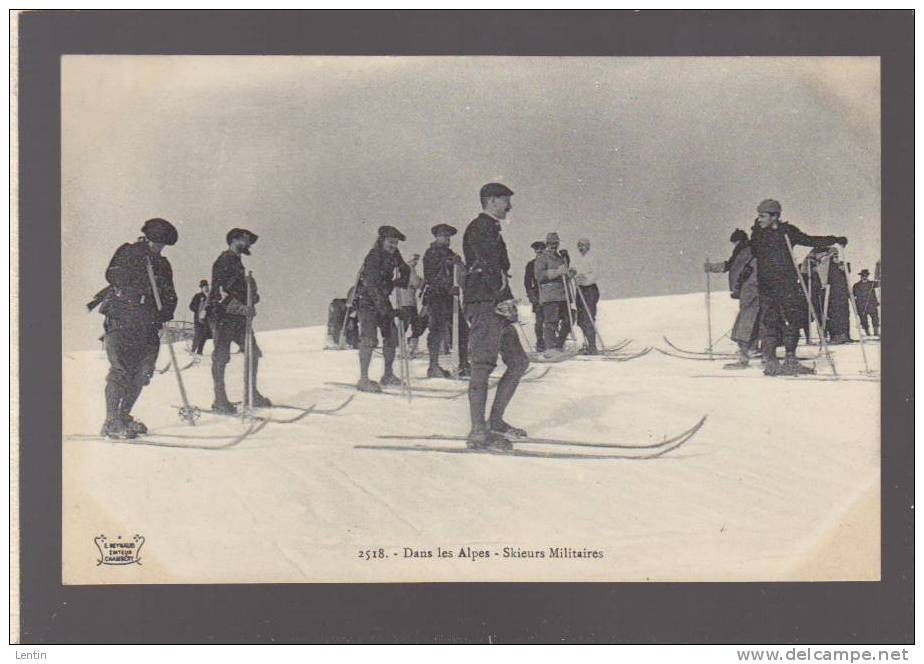 Skieurs Militaires (chasseurs Alpins) Dans Les Alpes - Ed Reynaud  Chambery - Non Classificati