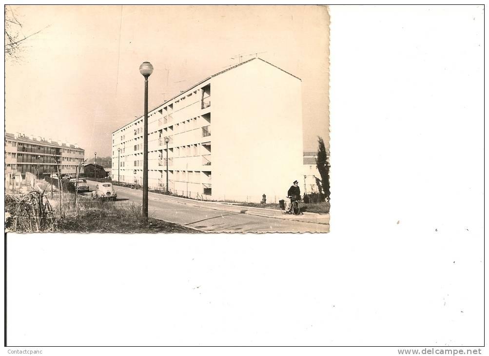 MONTPELLIER ( 34 ) - H.L.M.  Cité De La CROIX D \´ ARGENT  (  C.P.S.M.  , Gd  -  Ft ) - Montpellier