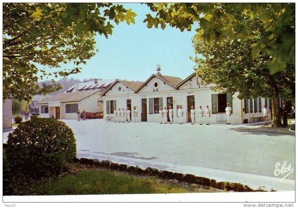 Cpsm  Centre De Formation D'hourtin  L'aubette - France