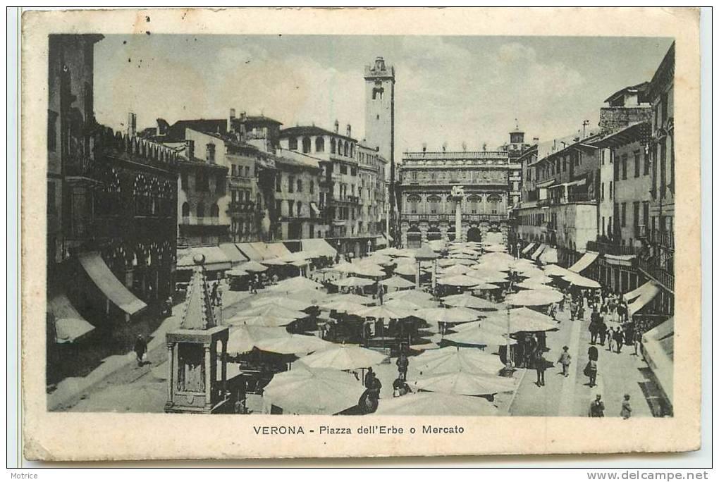 VERONA  -  Piazza Dell'Erbe, Mercato. - Verona