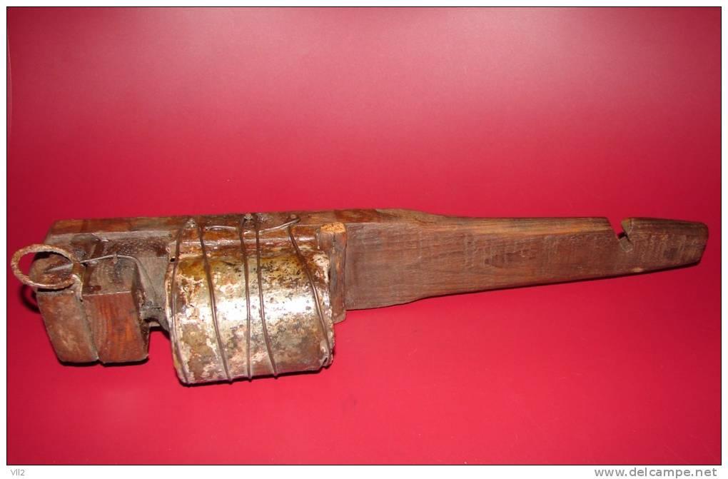 "1914-1918  GRENADE F2 MOD.1915 NOUVEAU TYPE ""FUSANTE"". - 1914-18"