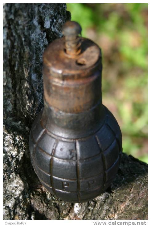 Superbe Grenade Citron Foug Complète Avec Capot  4-18 WW1 - Totalement Neutralisé - 1914-18