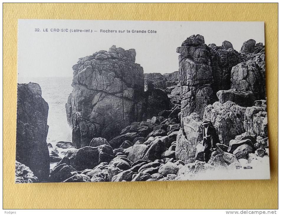 Dep 44 , Cpa   Le CROISIC , 32 , Rochers Sur La Grande Cote  (26) - Le Croisic