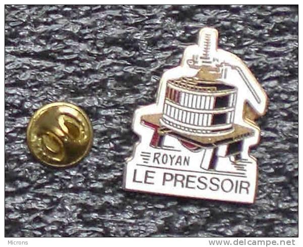 ROYAN LE PRESSOIR       BBB    033 - Cities