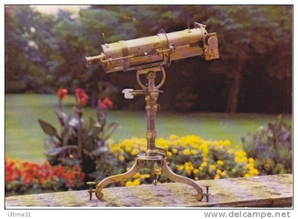 CPSM PARIS OBSERVATOIRE TELESCOPE GREGORIEN James Short Londres 1758  Si Bandes Jaunes Dues Au Scan - Astronomia