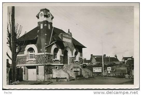 N°21401 -cpsm Blainville Sur Mer -la Mairie- - Autres Communes