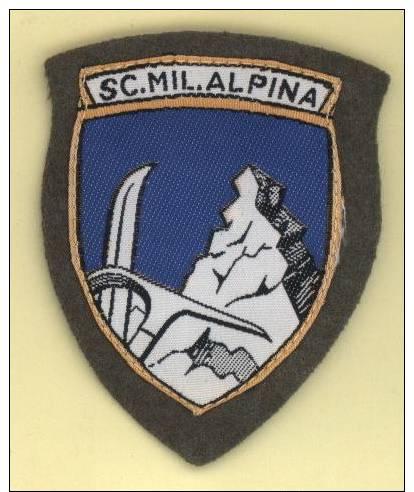 ESERCITO ITALIANO / ALPINI - Scudetto Omerale - SCUOLA MILITARE ALPINA - Aosta - Armée De Terre