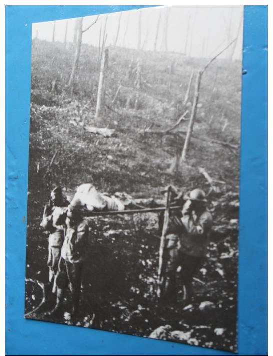 FRANCE  ==    VERDUN VISION DE GUERRE  ==   SOLDAT INTOXIQUé   ==  1917 - Guerre 1914-18