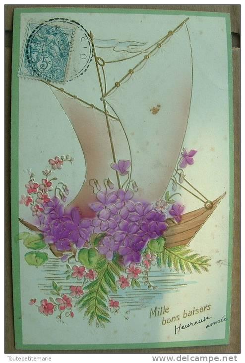 Carte Gauffrée Mille Bon Baisers - Voilier Fleurs Violette - Fantaisies