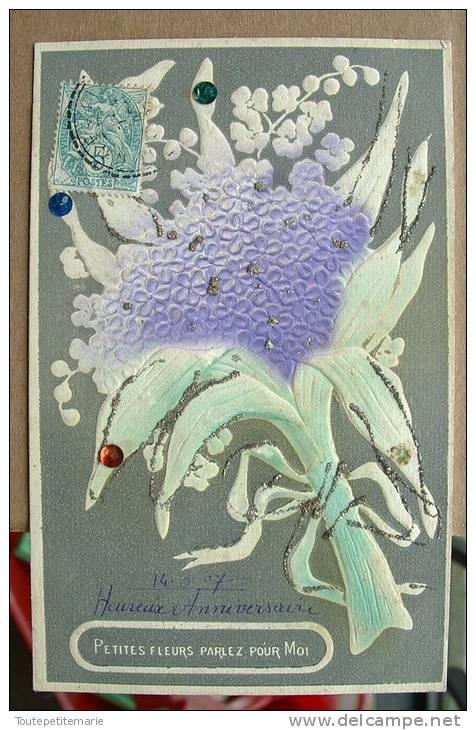 Carte Gauffrée Réhaussée De Paiellette Petite Fleur Parlez Pour Moi - Autres