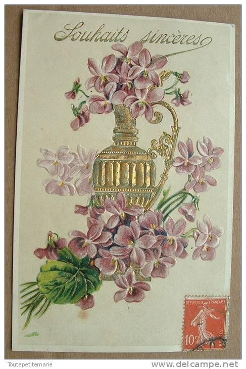 Carte Gauffrée Une Verseuse Avec Des Fleurs Violettes - Souhaits Sincères - Autres