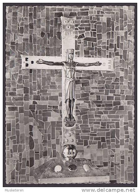 Germany PPC Berlin Kruzifix Auf Dem Altar Der Kaiser Friedrich Gedächtnis Kirche Hansaviertel Echte Real Photo Véritable - Non Classés