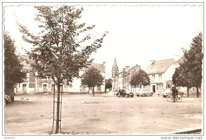 GRAND-CHAMP (Morbihan) Place - 4 CV Renault + Dauphine - VENTE DIRECTE - PKW